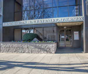 Front Entrance of Barnes, Grimes, Bunce & Fraley Law Office